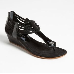 Donald Pliner Dyna Black Wedge ZIP Up Sandals 7.5